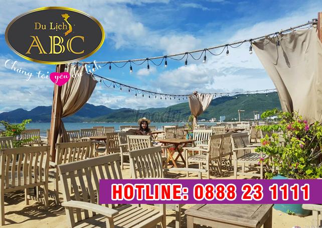 Du lịch Quy Nhơn - Phú Yên - Quán cafe trên bãi biển Surf Bar