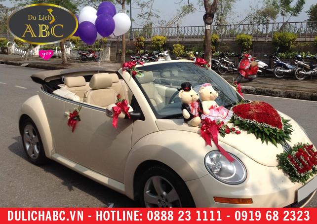 Cho thuê xe Volkswagen Beetle 4 chỗ