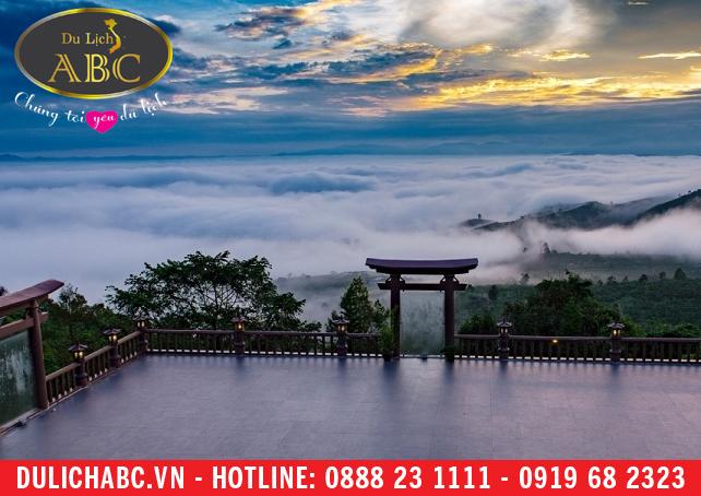 """Các địa điểm du lịch Việt """"làm mưa làm gió"""" trong thời gian qua"""