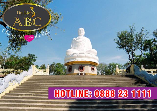 Du Lịch Nha Trang - Chùa Long Sơn yên bình giữa biển trời Nha Trang