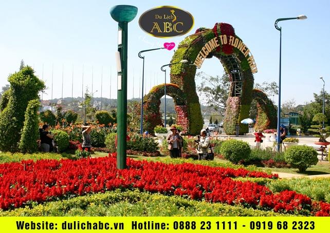 Vườn hoa Đà Lạt quanh năm rực rỡ sắc màu