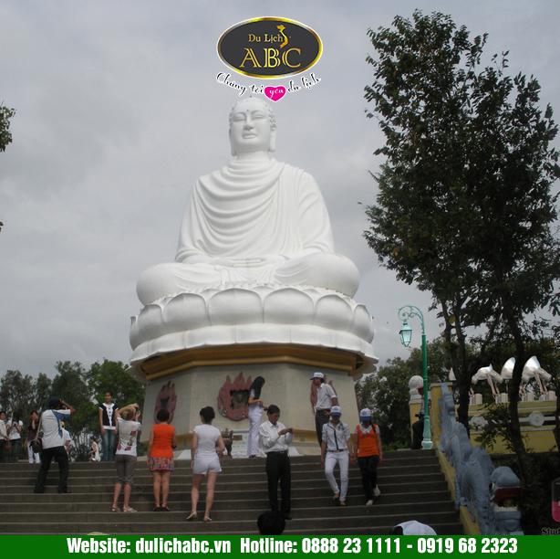 Du Lịch Nha Trang Chùa Long Sơn