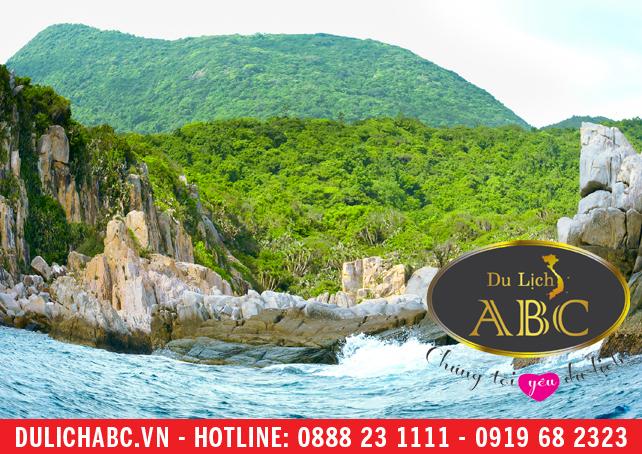 Kinh nghiệm du lịch biển Ninh Chữ: Ở đâu, ăn gì và chơi ở đâu?