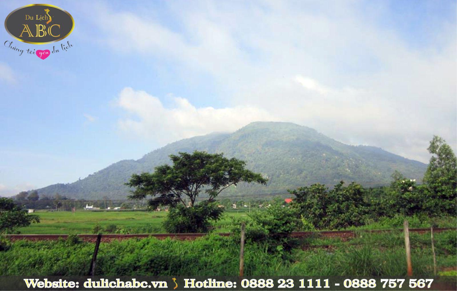 Núi Chứa Chan - Điểm Tham Quan Du Lịch Mới Và Hấp Dẫn Nhất